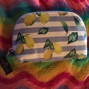 Single pouch makeup bag